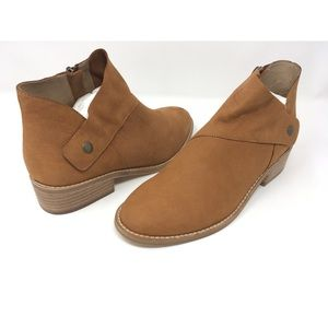 NEW Eileen Fisher Billie Suede Block Heel Boots